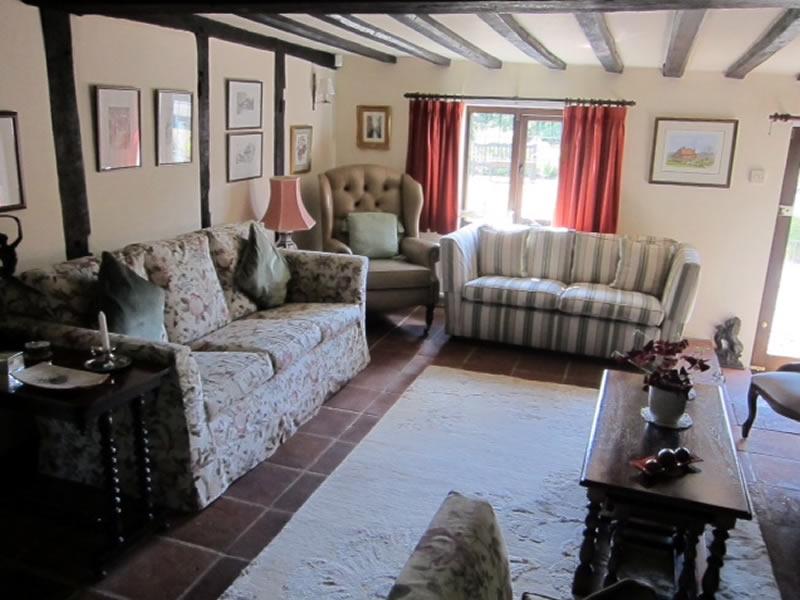 Lounge Hononton Cottage B&B near Tunbridge Wells