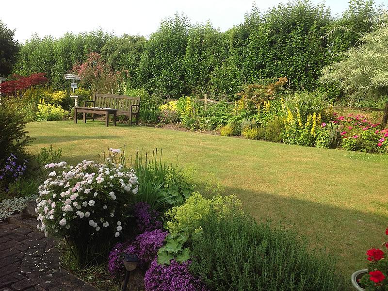Garden Hononton Cottage B&B near Tunbridge Wells